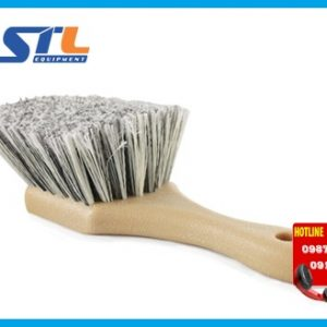 ban chai ve sinh xe chemical guys body wheel flagged tip short handle brush